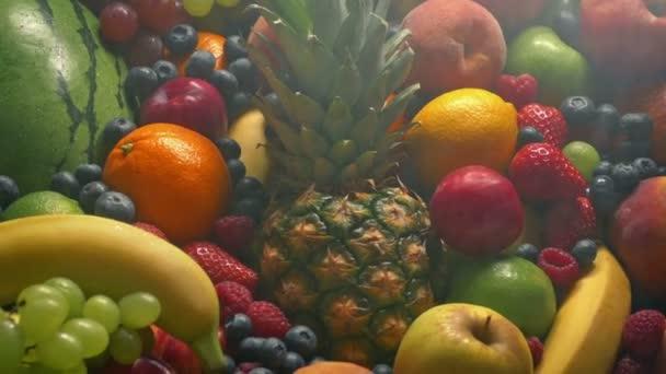 Fine Spray Keeps Fruit Pile Fresh