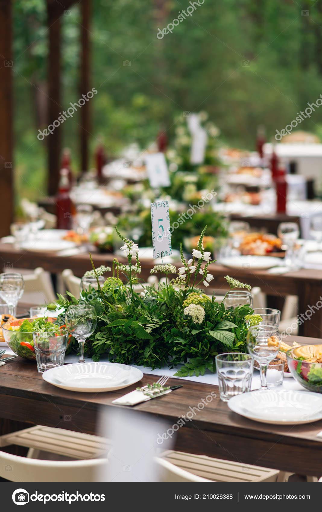 Elegante Hochzeit Tischgesteck Blumendekoration Restaurant Hochzeit