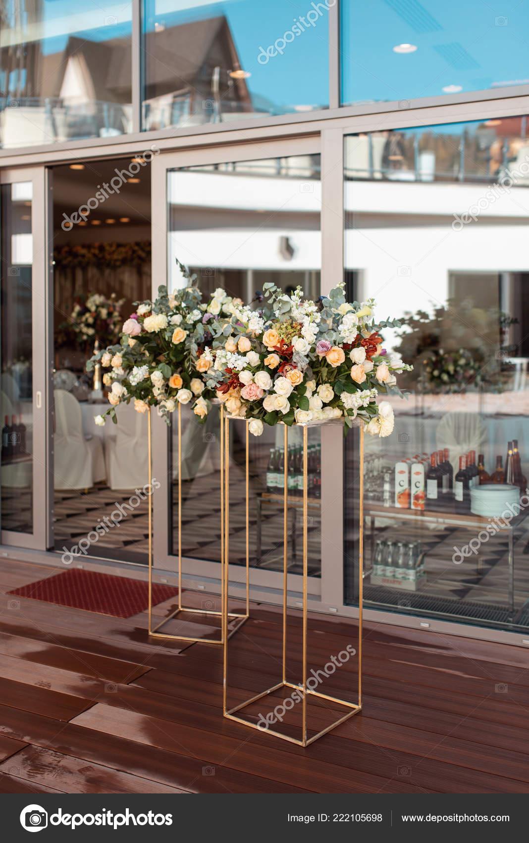 Svatebni Dekorace Ruzi Kvetinovou Vyzdobu Moderni Svatebni Stock