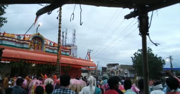 Fest der Kühe im Lord Hanuman Tempel