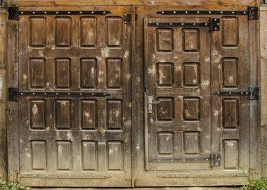 barn door  close up