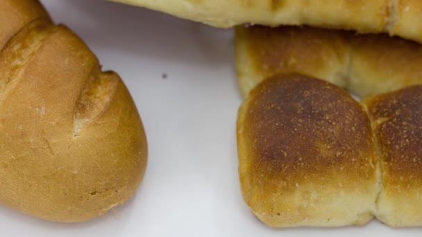 finom friss sült kenyér a pékségben