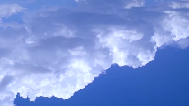 beautiful white fluffy clouds in the sky, nature environment, timelapse