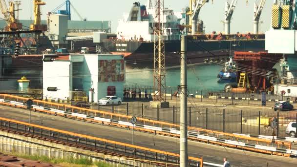 ipari kikötő, konténerek