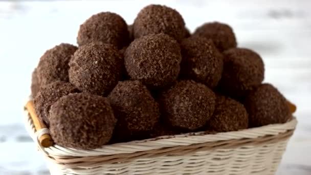 Rengeteg házi csokoládé cukorka