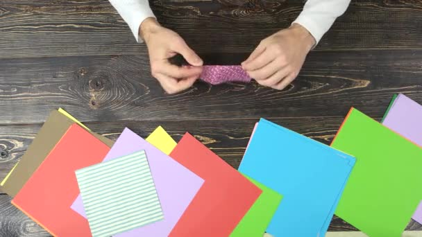Ruce, takže origami.