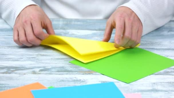 Takže origami s žlutá a zelená kniha