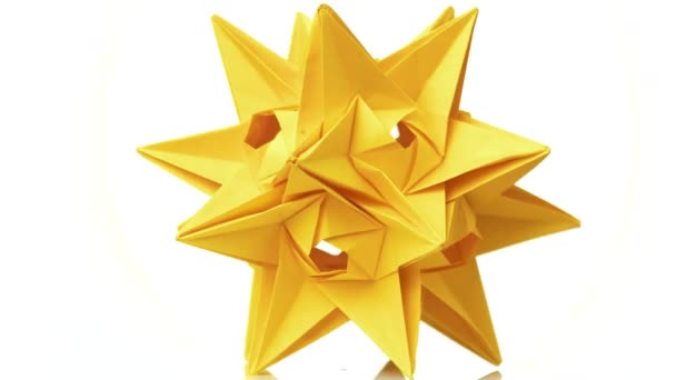 Stellated origami ball on white background. spiky origami ...   342x608