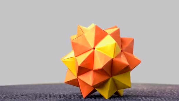 Mini Magic Ball Origami - YouTube | 342x608