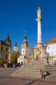 Kostel Nanebevzetí Panny Marie, náměstí, centrum města, morový sloup, Banská Bystrica, Slovensko.