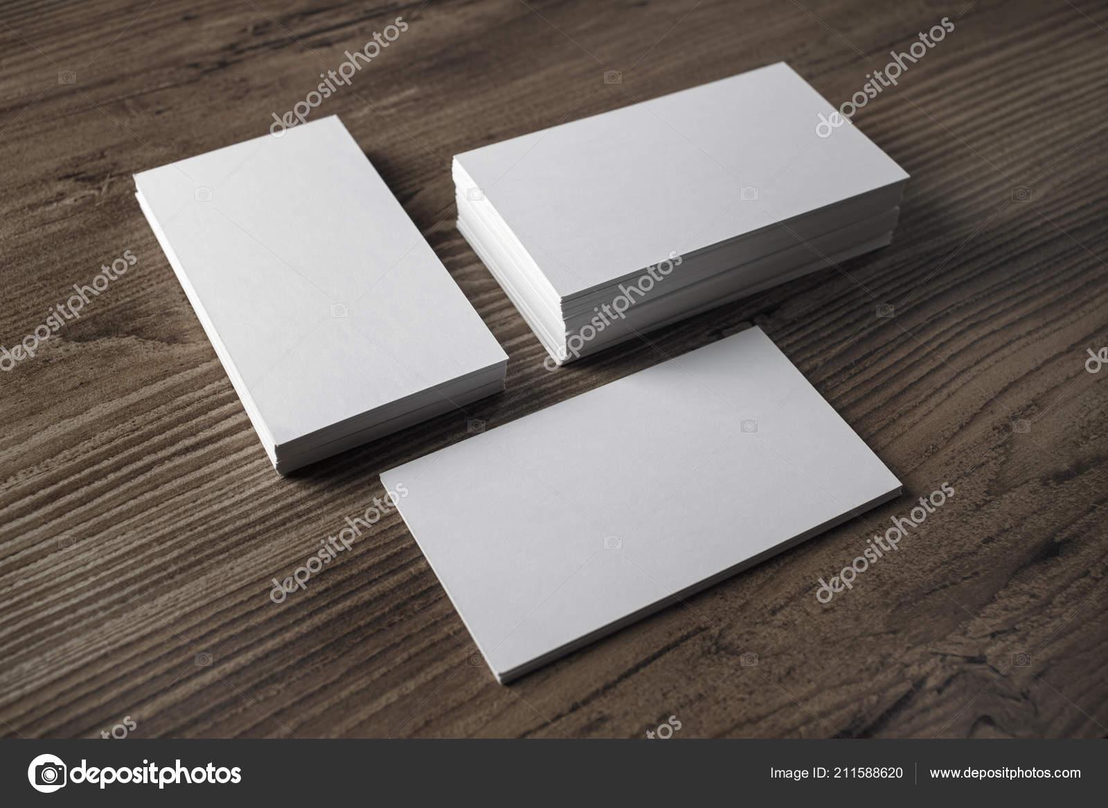 Leere Visitenkarten Auf Holztisch Hintergrund Vorlage Für