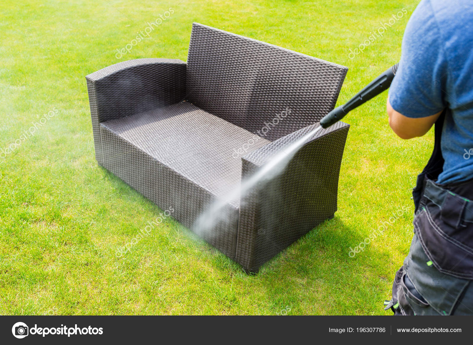 Lavado Muebles Jardín Hecho Rota Energía — Fotos de Stock © bubutu ...