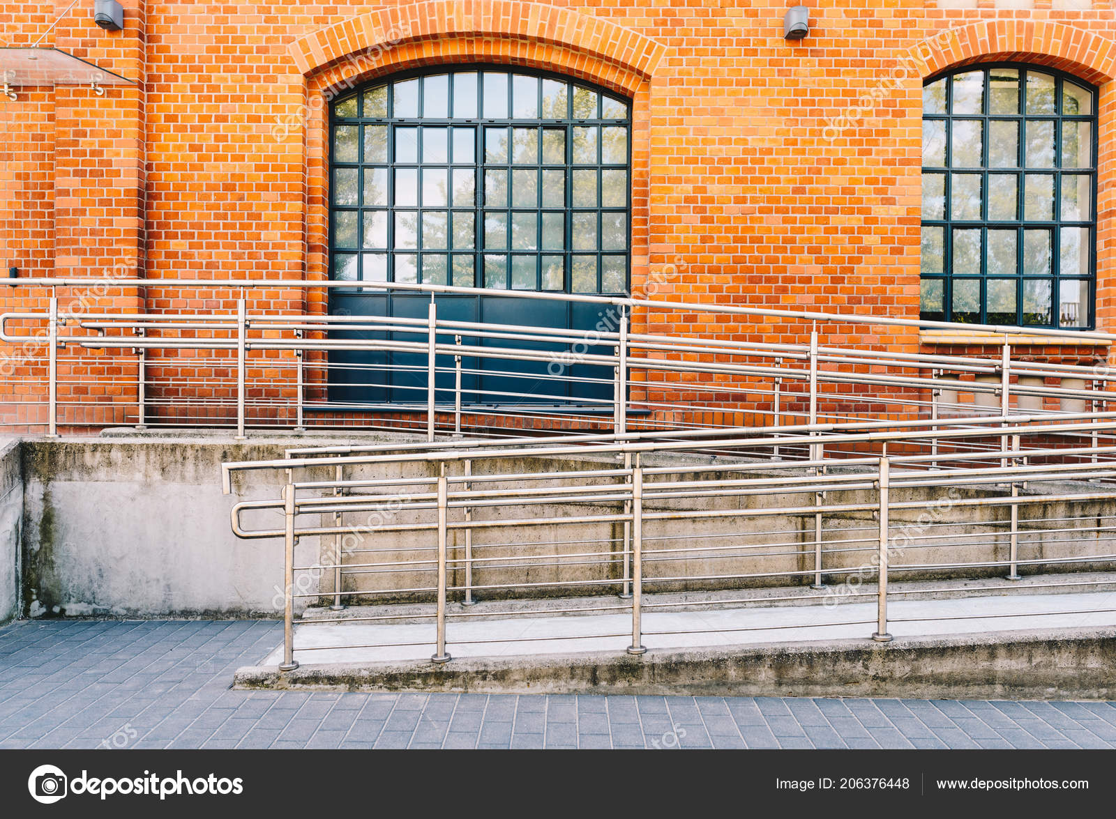 Concrete Ramp Way Stainless Steel Handrail Support