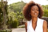 Africká americká zralá žena.