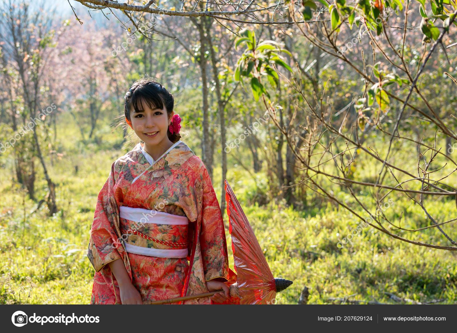 3de5ec7b3 Vestido Mujer Con Cultura Japonesa Del Kimono Ropa Kimono ...
