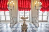 Catherine Palace, vnitřní detail, rytina-Svatý mazlíček