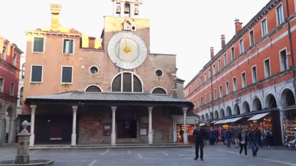Venice, Olaszország - 2018. március 23.: Templom, San Giacomo di Rialto