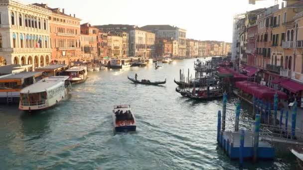 Benátky, Itálie – 23. března 2018: Výhled na Canal Grande Benátky Itálie