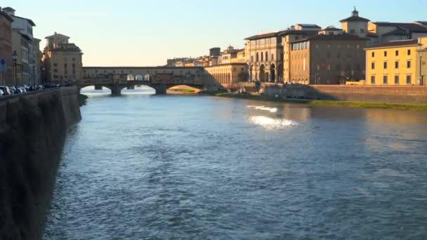 Florencie, Itálie - 22. března 2018: Most Ponte Vecchio ve Florencii