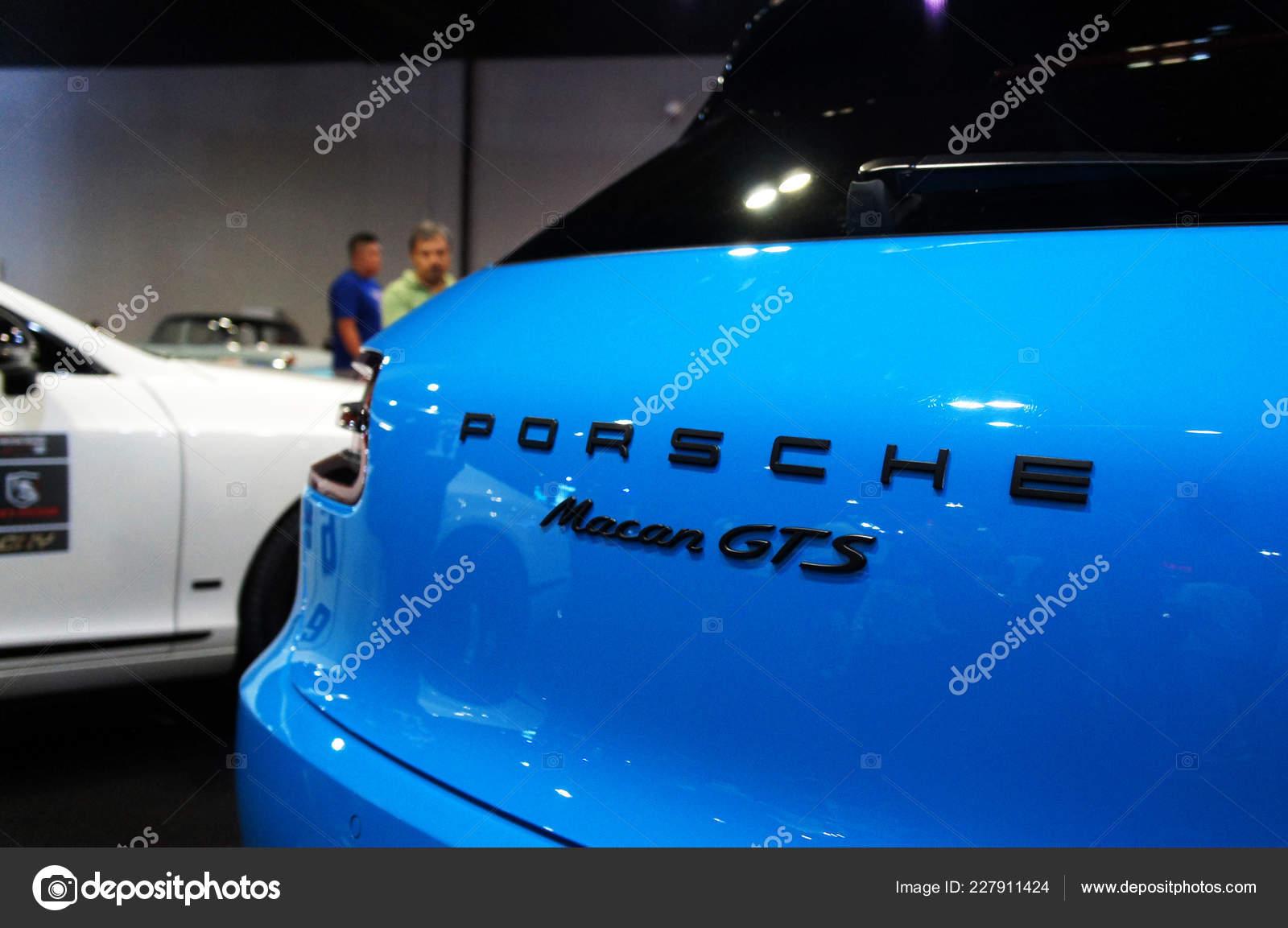 Kuala Lumpur Malaysia November 2018 Porsche Car Logos Emblem Car