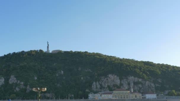 Nézd, a híres Gellért-hegy, Budapest, Magyarország