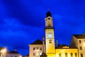 Hodinová věž v centru Banské Bystrice na Slovensku.