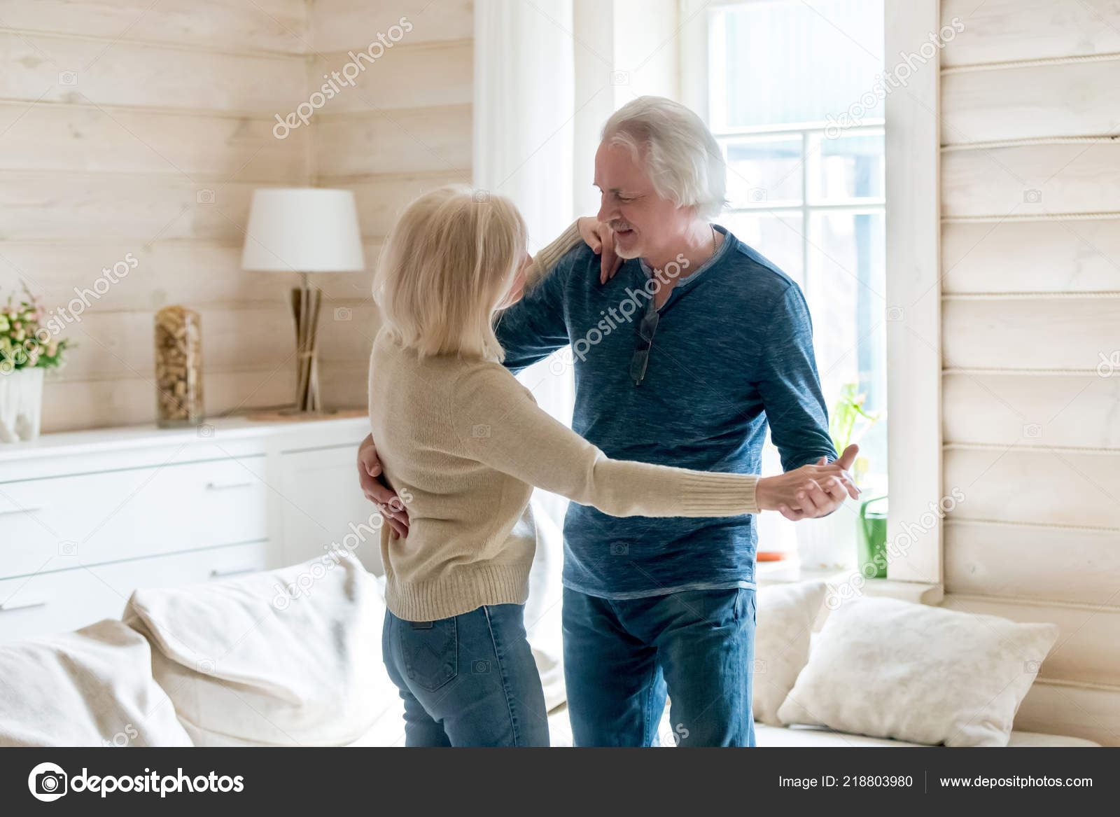 Congratulate, seems house mature wife