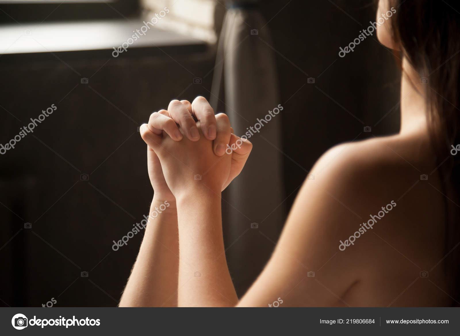 Руки секса