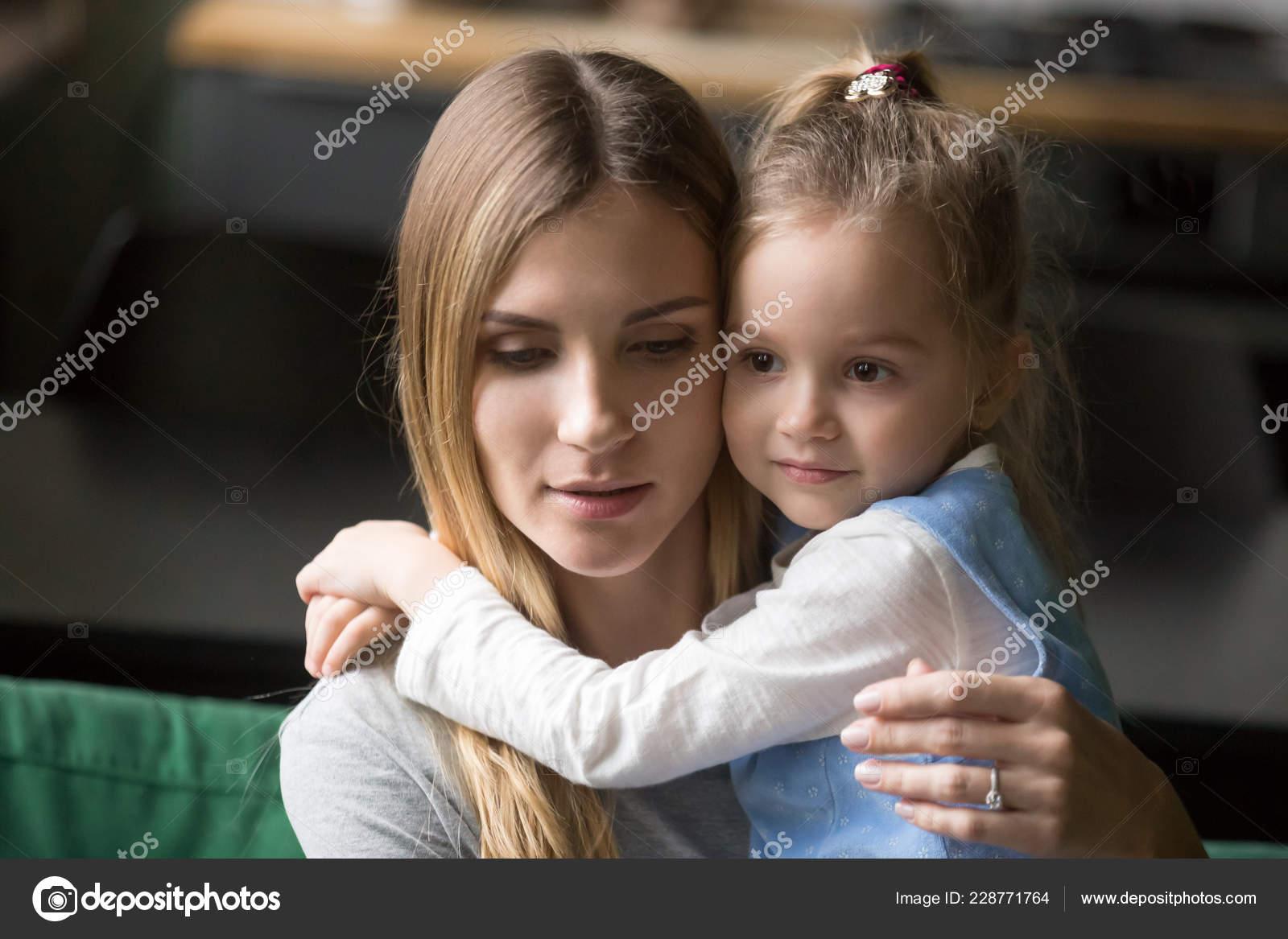 Hinweise zur Einstellung einer Vertretung für Mutterschutz und Elternzeit 16 Monate.