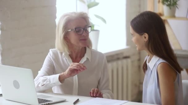 Elderly mentor and inexperienced lawyer working together constitute contract details
