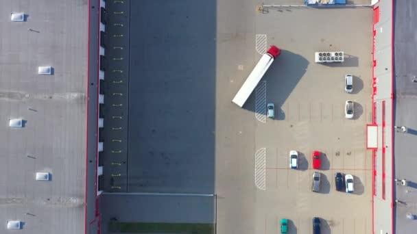 Légiáru-tároló konténerek és elosztóraktár