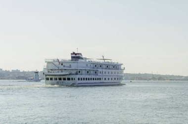 Cruise ship American Star in New BEdford harbor