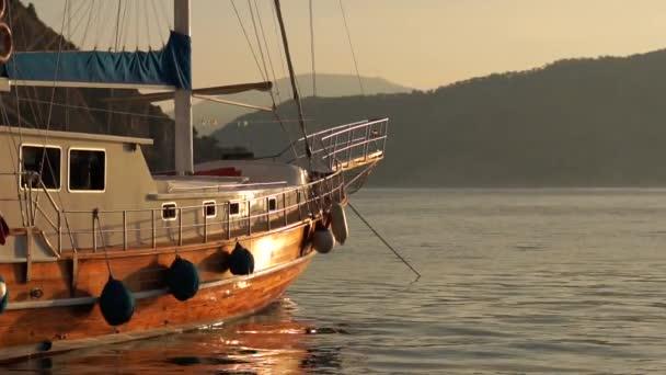 Csodálatos kilátás-ból hajón szállít zár megjelöl közben egy napkelte-ban lassú jelet ad