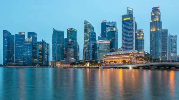 Ohromující pohled twilight Singapur město Panorama mrakodrapů denní na noční timelapse