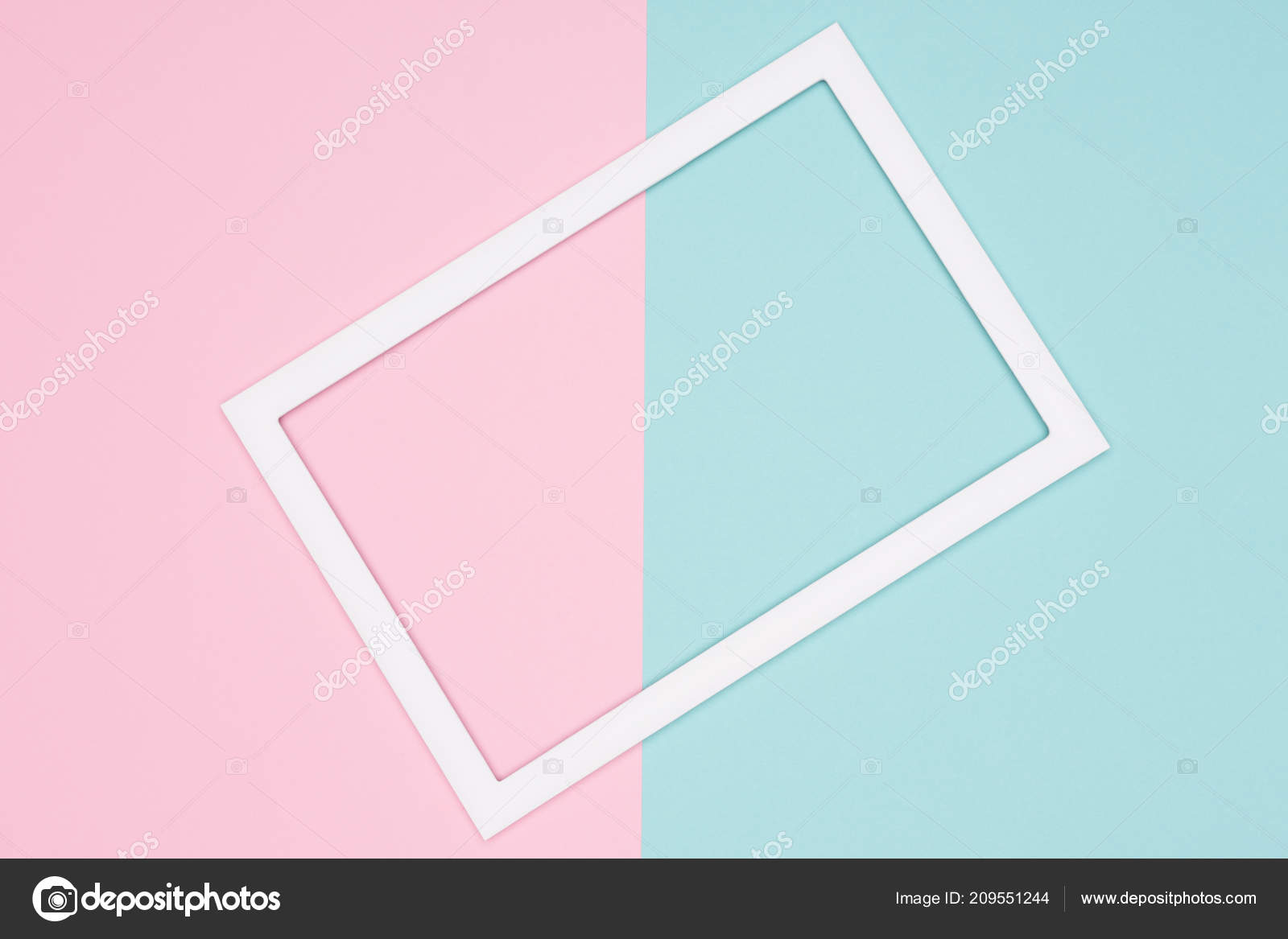 Verde Acqua E Rosa abstract geometrical pastel blue teal pink paper flat lay