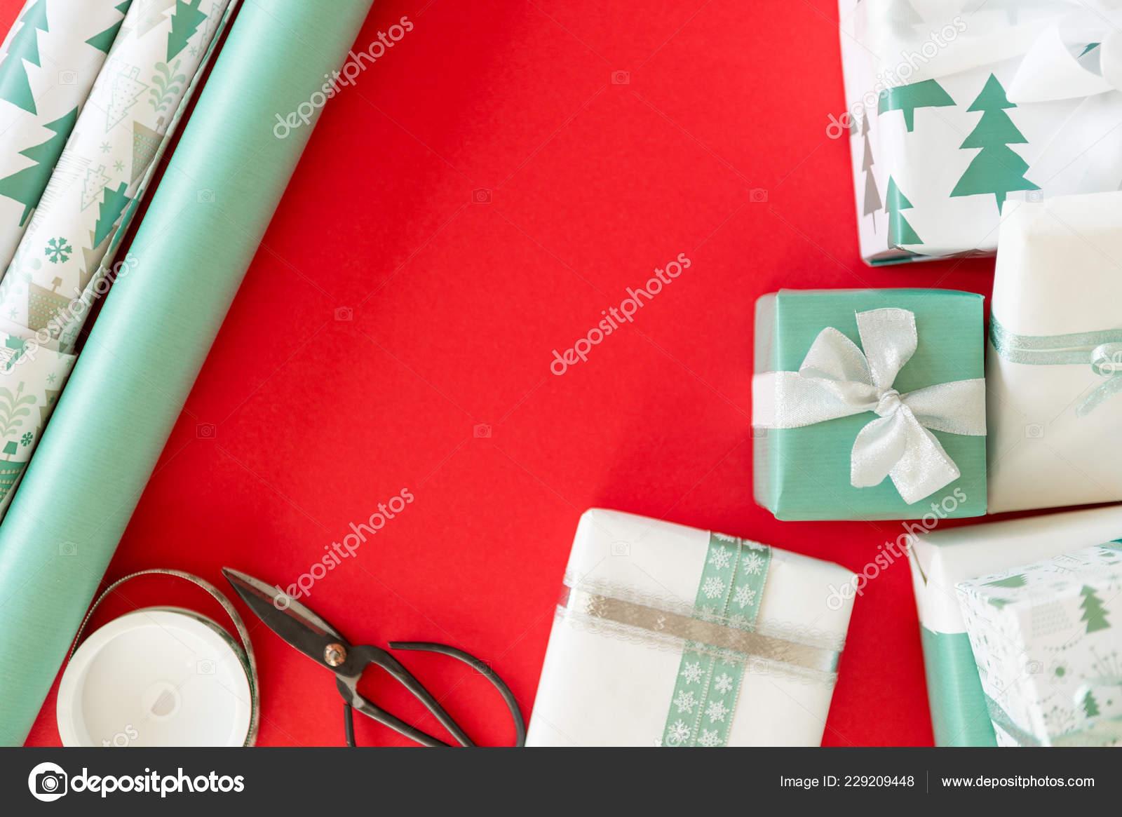 Christmas Gift Wrapping Station.Diy Gift Wrapping Beautiful Nordic Christmas Gifts Christmas