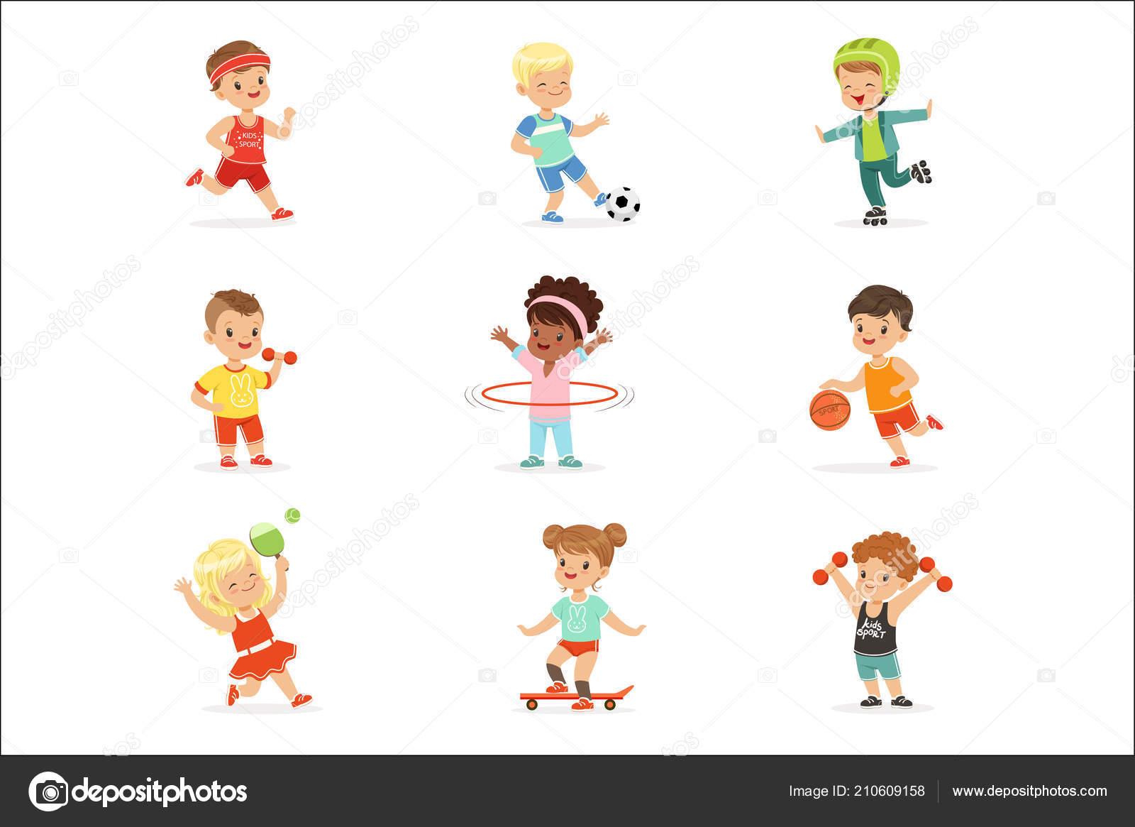 Deportes Diferentes Deportes: Niños Pequeños Juegos Deportivo Y Disfrutar De