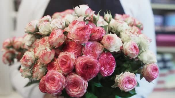 Beautiful flower bouquet with pink and white roses
