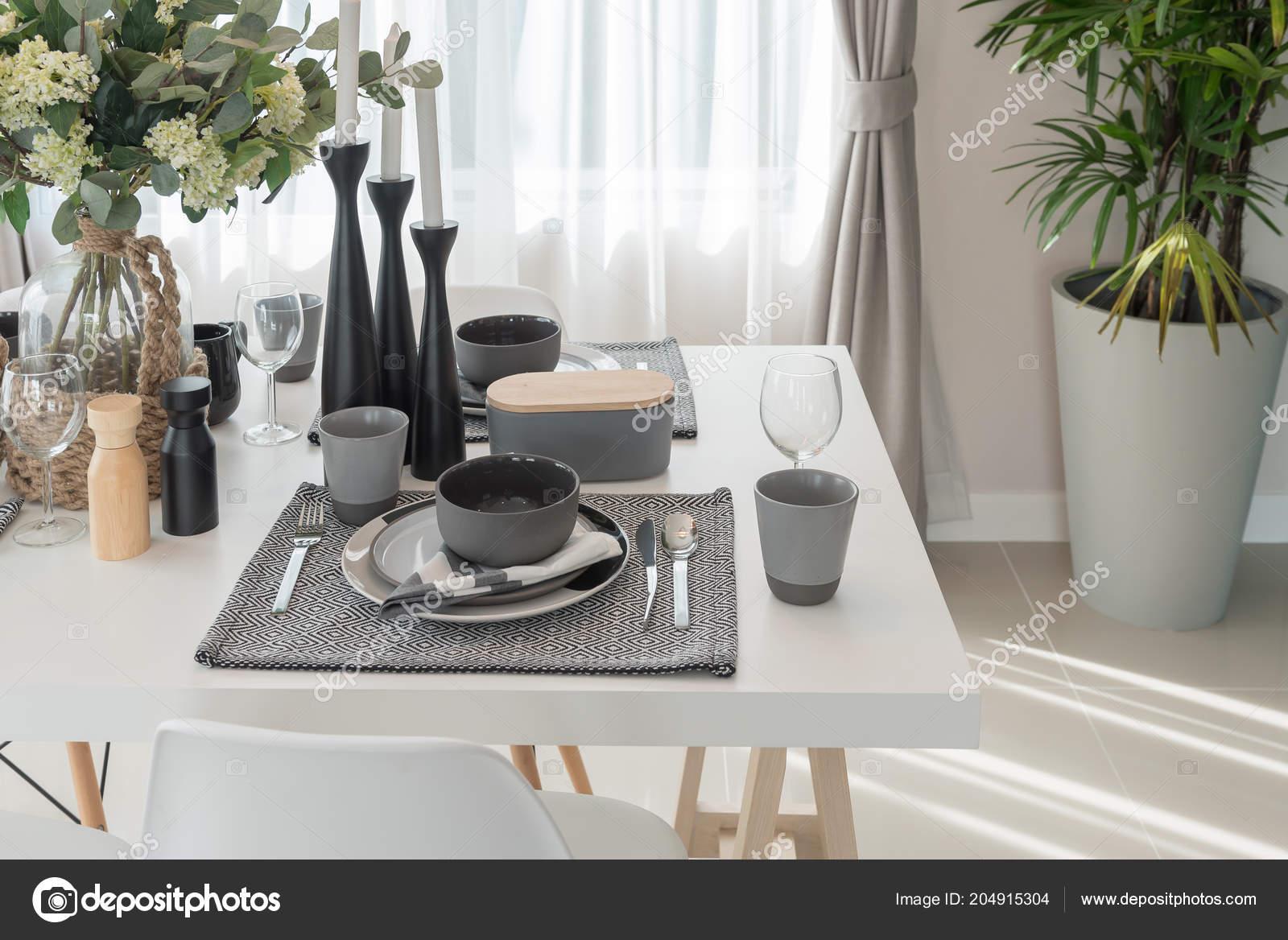 Blanco Mesa Moderna Madera Mesa Comedor Comedor Moderno Concepto ...