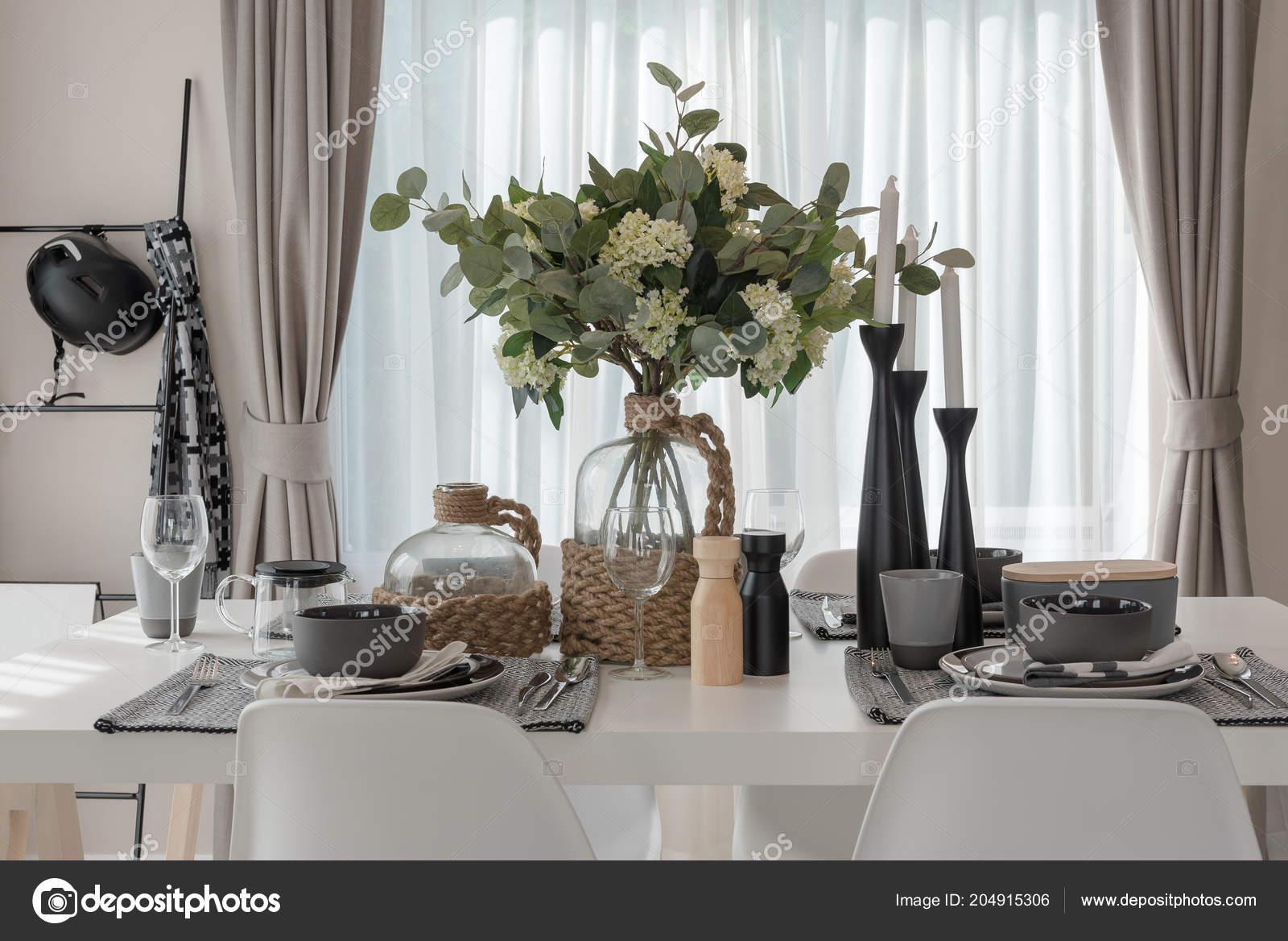 Moderne Eetkamer Set.Moderne Eettafel Eettafel Modern Huis Bouwen Tags Woning Bouwen