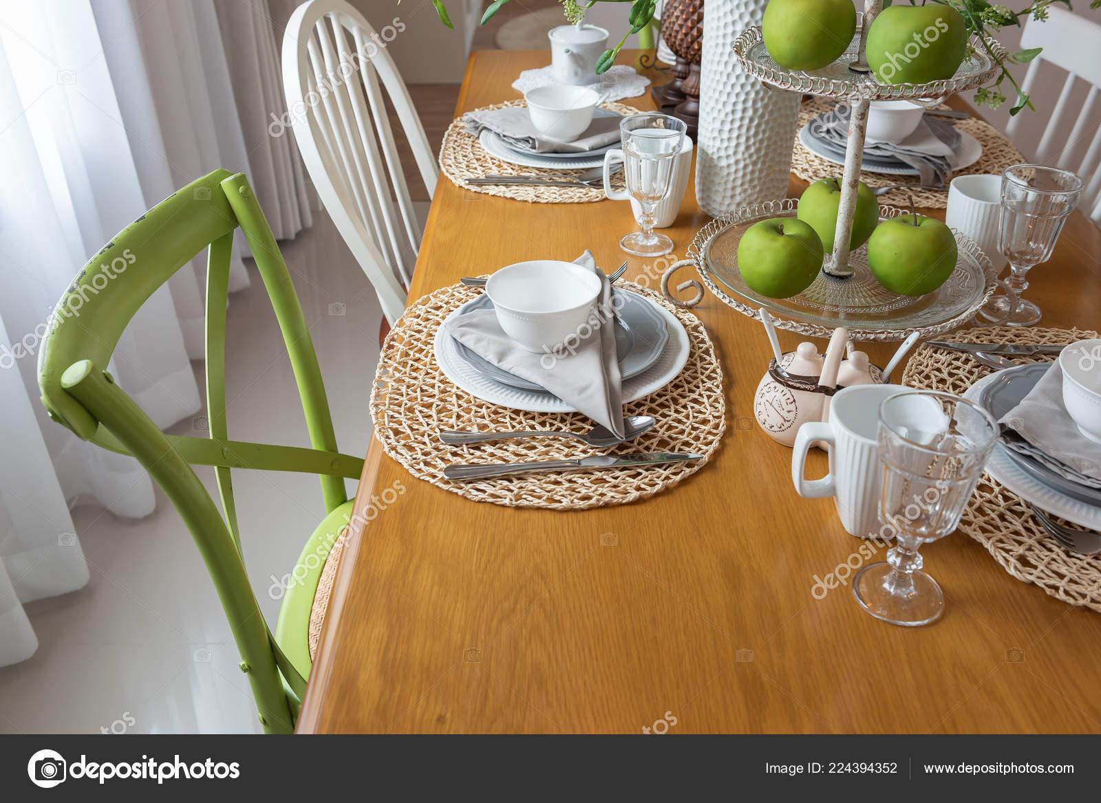 Moderne Eetkamer Set.Moderne Tafel Set Houten Eettafel Moderne Eetkamer Interieur Design