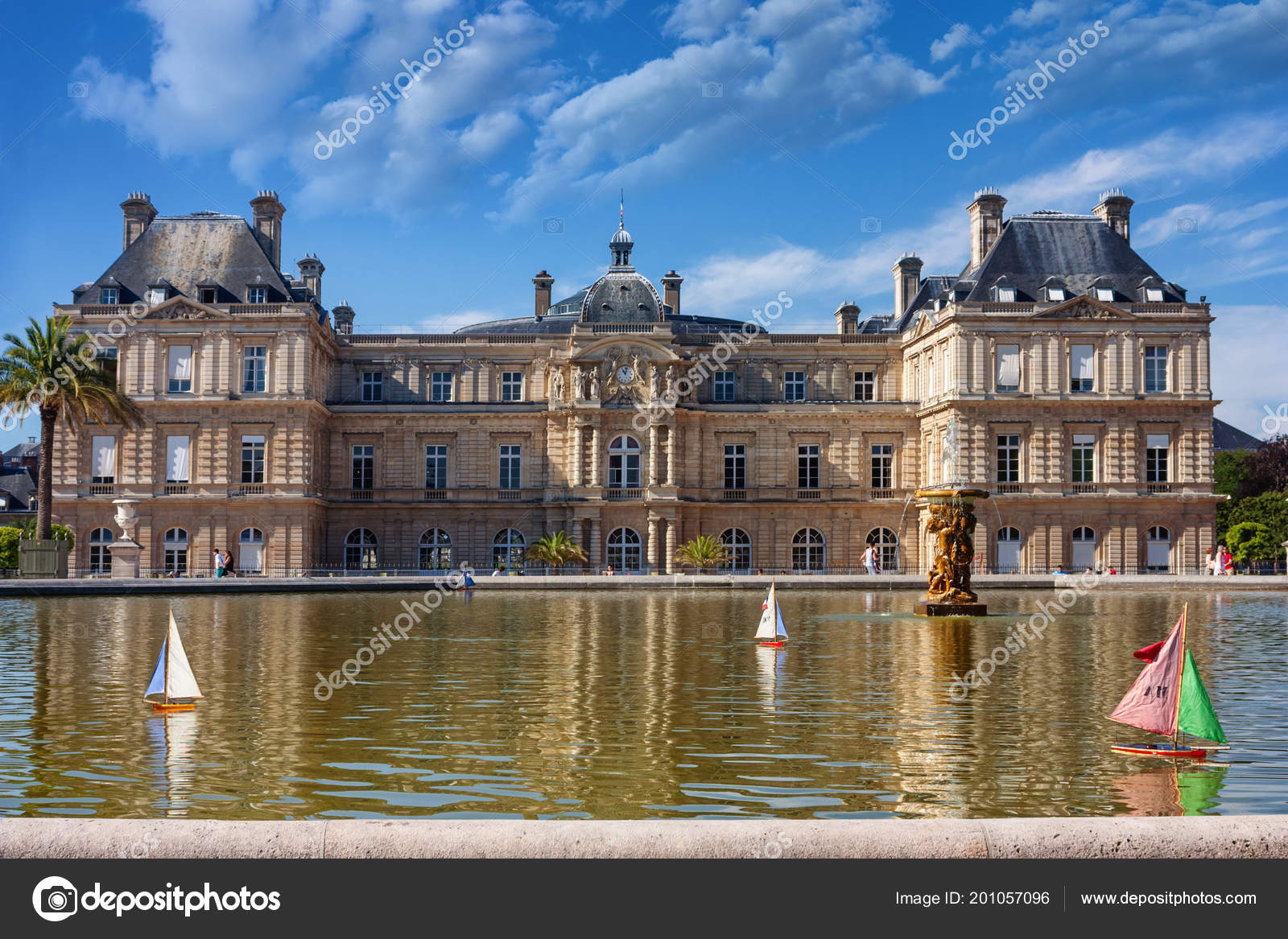 Parisian Citylandscape View Pool Floating Toy Sailboats