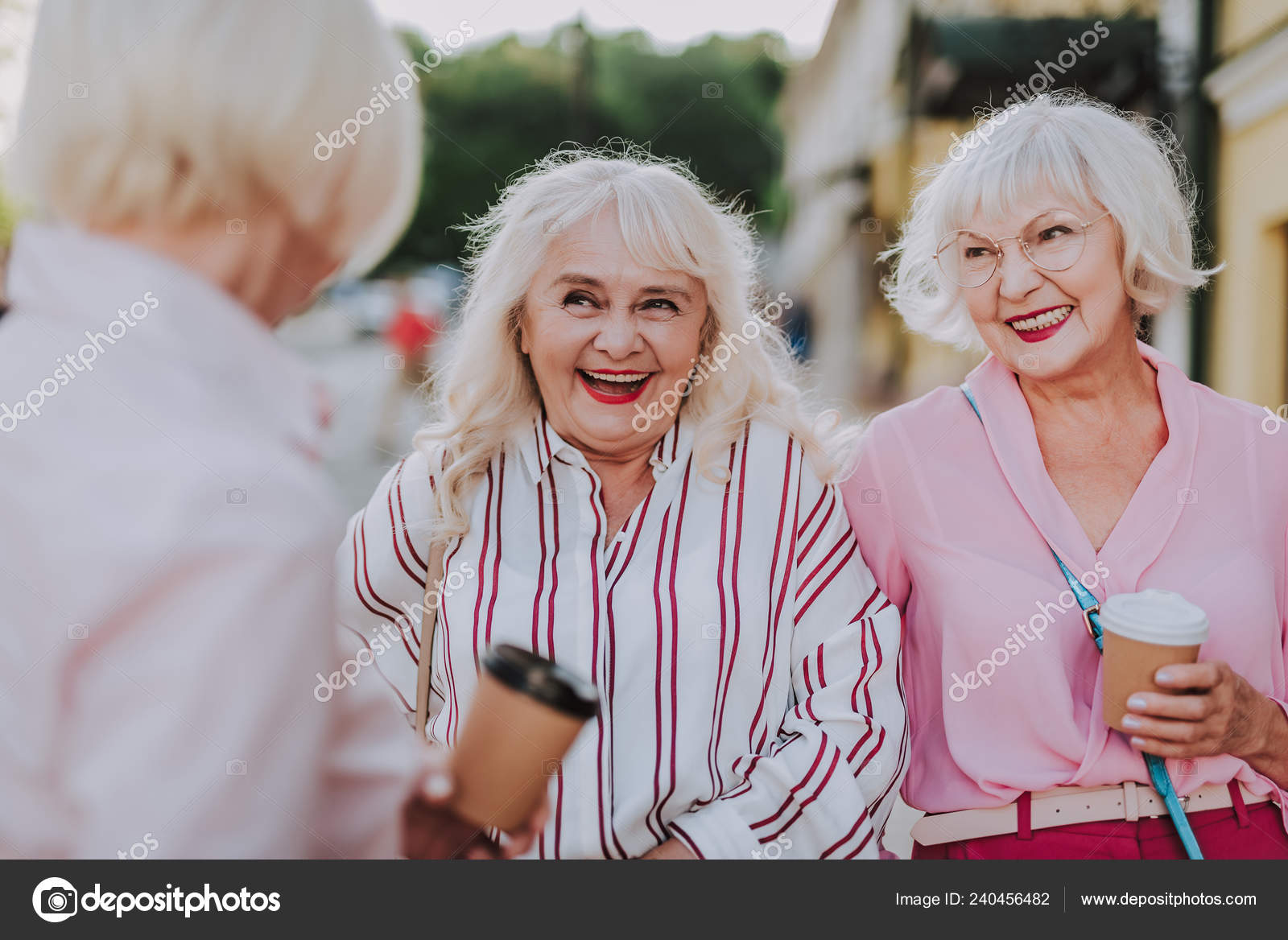 Rencontre femmes agees