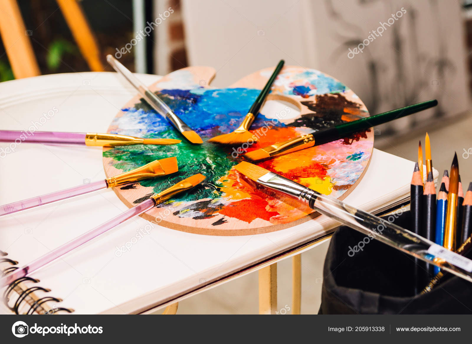 Valeur Pour Dessin Peinture Avec Les Peintures Palette