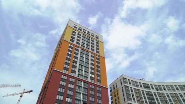 Moderní a luxusní bytový dům