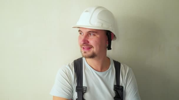 Arbeiter am Bau Website renovieren flach.
