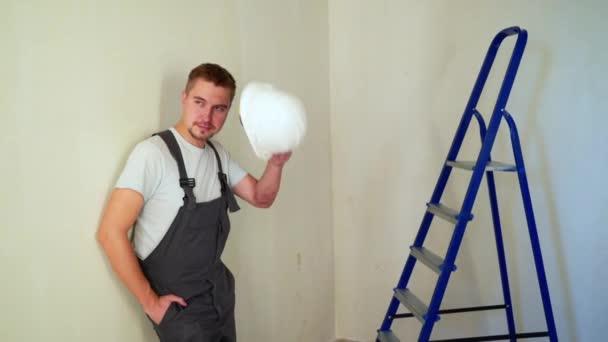 Arbeiter am Bau Website renovieren flach