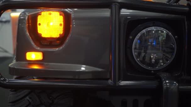 Faro di auto Suv