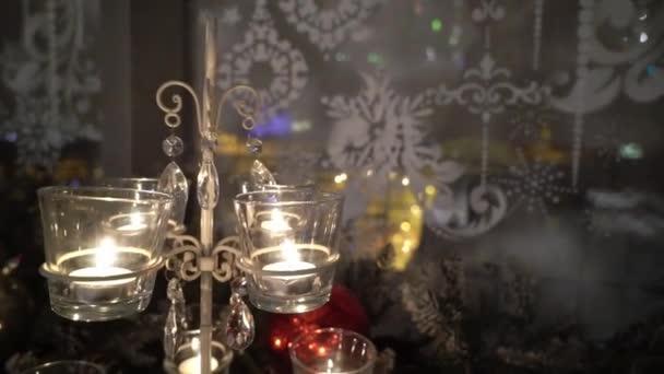 Zdobené vánoční svíčky