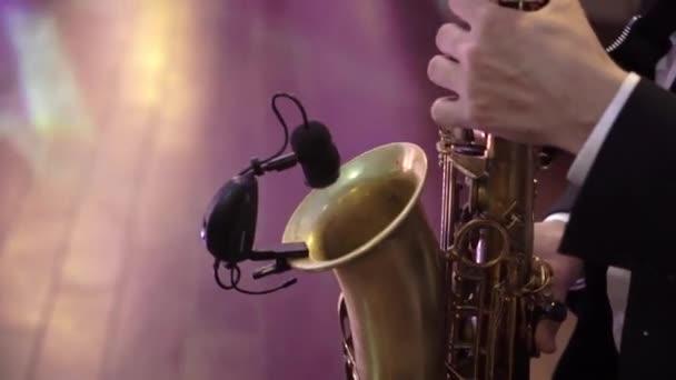 Szaxofonista-a Party